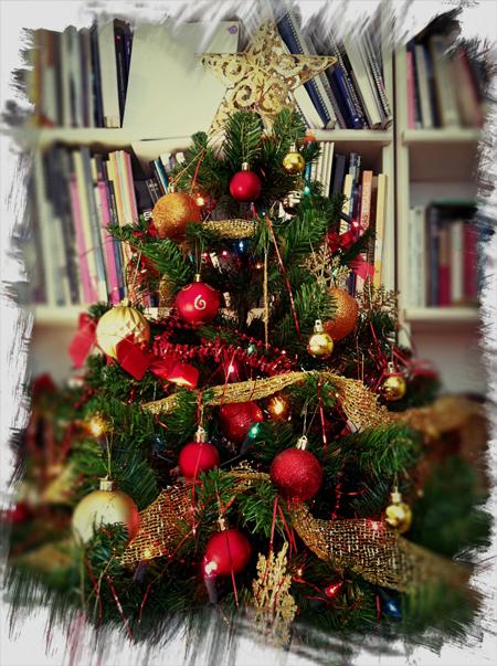 C mo limpiar tu rbol de navidad globalimp - Arboles de navidad bonitos ...